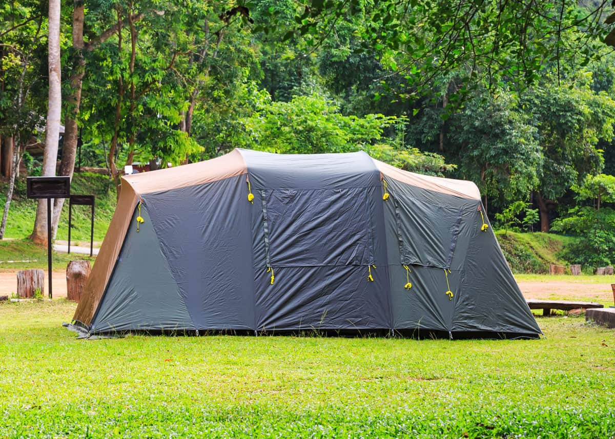 How to fold a cabin tent
