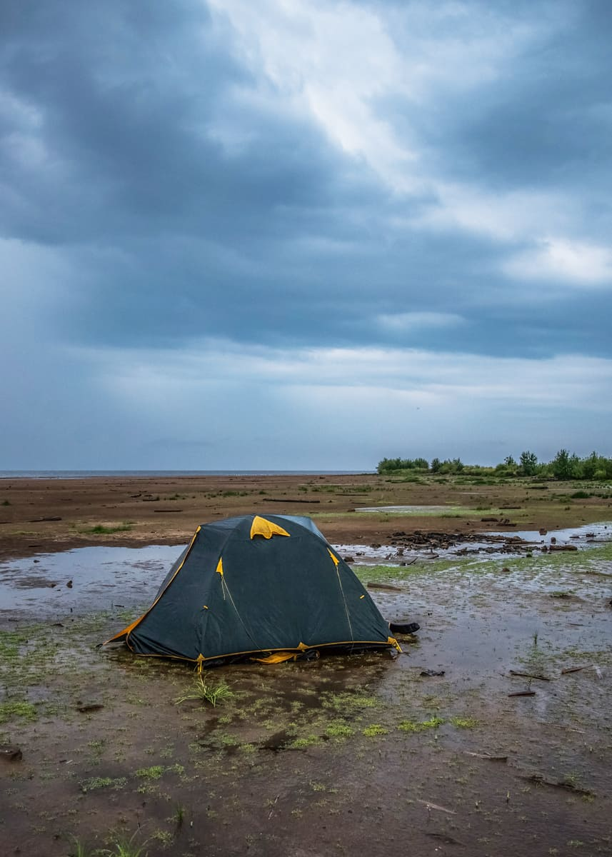 How-to-waterproof-tent-floor